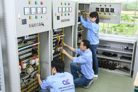 điện công nghiệp là ngành nghề gì?